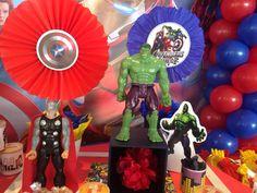 Market place, decoracion Avengers, globos, abanicos y muchos detalles, los vengadores, Hulk, Iron man, Thor y capitán América