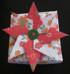 Boxes, boxes, everywhere! Box Origami, Oragami, Christmas Origami, Christmas Fun, Quilling Paper Craft, Paper Crafts, Crafts To Do, Diy Crafts, Boxes And Bows