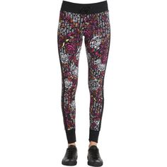 Versace Underwear Women Baroque Print Lycra Leggings ($400) ❤ liked on Polyvore featuring pants, leggings, baroque pants, versace leggings, side stripe leggings, lycra leggings and spandex leggings