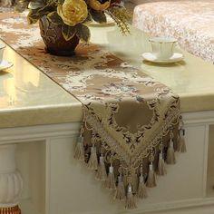 Luxury Embroidery Table Runners Custom Size Elegant Formal Dinning Table  Runner