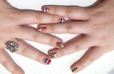 Truly wild nails from our photo guru Laura!