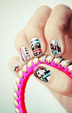 aztec tribal pattern nails  Free Nail Technician Information  http://www.nailtechsuccess.com/nail-technicians-secrets/?hop=megairmone