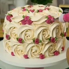 Cake Decorating Frosting, Creative Cake Decorating, Cake Decorating For Beginners, Cake Decorating Videos, Cake Decorating Techniques, Cookie Decorating, Decorating Ideas, Cake Piping, Buttercream Cake