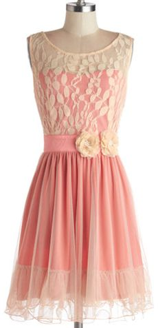 sweet lace dress  http://rstyle.me/n/embszpdpe