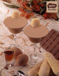 Mousse de chocolate y avellanas