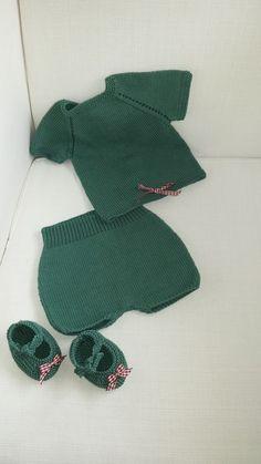 Conjunto 3-6 meses Conjunto bebé realizado con Hilo Natura Just Cotton color Green Smoke DMC...