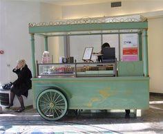 Food Inspiration Wish we had this food cart in PDX Coffee Carts, Coffee Truck, Coffee Shop, Food Trucks, Food Cart Design, Food Truck Design, Mobile Cafe, Mobile Shop, Bike Food