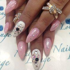 by @oleidys_naillounge #nails #nailbar #naillounge #nailart - @Vy Vy- #webstagram