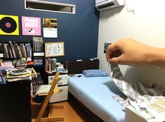 japanese mozu studios creates impressive tiny rooms full of details Miniature Rooms, Miniature Houses, Paper Art Design, Fantasy Rooms, Class Projects, Japanese Artists, Household Items, Amazing Art, The Incredibles