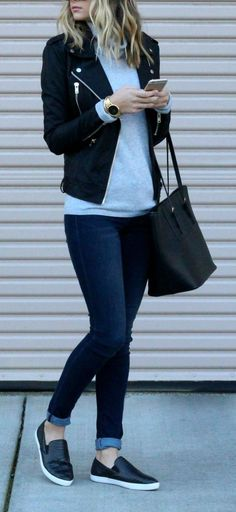 75 Fashionable 2017 Fall Fashions Trend Inspirations for Work https://fasbest.com/75-fashionable-2017-fall-fashions-trend-inspirations-work/ Casual Outfits For Winter, Edgy Fall Outfits, Casual Fall Fashion, Work Outfit Casual, Casual Style Women, Casual Chic Outfits, Casual Tennis Shoes Women, Simple Edgy Outfits, Cute Blazer Outfits