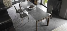 ESTESO WOOD extending metal table with glass or ceramic top. ESTESO WOOD tables have wooden legs with a special design. E Piano, Dining Room, Dining Table, Wood Table, Sweet Home, House Design, Furniture, Home Decor, Design Ideas