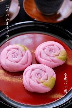 Appetizers: steamed rose bun #DearTopshop
