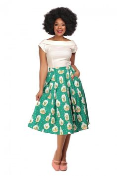 Collectif X Modcloth Theodora Cactus Terrarium Swing Skirt - Collectif X Modcloth from Collectif UK Vintage Style Outfits, Vintage Fashion, Vintage Clothing, Cactus Terrarium, Neutral Tops, Green Ground, 1940s Dresses, Swing Skirt, Modcloth