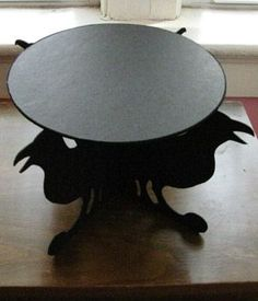 Raven--easy to make stand for Halloween treats or decorations