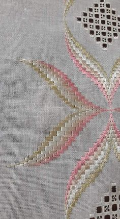 Broderie Bargello, Bargello Patterns, Cross Stitch, Embroidery, Sewing, Crochet, Model, Ideas, Linen Tablecloth