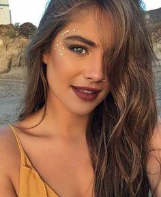 20+ Face Jewel Rhinestone Makeup Ideas To Inspire You – Lupsona
