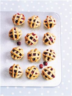 Healthy Christmas recipes: Christmas cranberry and orange pies