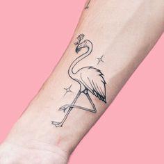 uem nao gosta de Flamingos, né? Qual animal voce tatuaria comigo :)? • Gostou da Tattoo?! Manda um inbox para orçar ou agendar sua tattoo  • Facebook.com/GoncalvezTTT