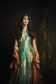 Outfit: SVA Dupatta: Krishna Mehta Necklace: Amrapali Bracelet: Amrapali Maang Tikka: Amrapali Rings: Amrapali, Just Shradha's SHOP NOW : http://www.perniaspopupshop.com/