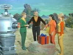 Robot, June Lockhart, Angela Cartwright, Jonathan Harris, and Marta Kristen in Lost in Space Space Tv Series, Space Tv Shows, 70s Tv Shows, Marta Kristen, Science Fiction Series, Vintage Television, Cinema, Childhood Days, Lost In Space