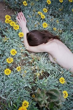 #nude & #flowers #photography