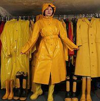 Fetish-Memoirs. Rainwear Macs, Coats, Capes, Boots, Wellies in Pvc, Rubber,  Plastic, Sbr - Index Page