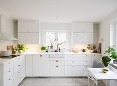 white apartment gree