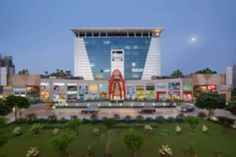 A unique experience awaits you at the award winning ILD Trade Centre in #Gurgaon which offers the best of retail cum #commercial options.