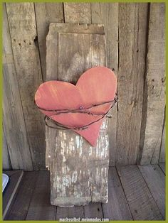 For the most romantic day in the year, Valentine's Day we have selected interesting diy crafts. Be creative for the Valentine's Day and give cute gifts to your loved ones. The gift would have bigger meaning if you make it… Continue Reading → Pallet Crafts, Wire Crafts, Wooden Crafts, Barn Wood Crafts, Rustic Crafts, Pallet Ideas, Pallet Projects, Decor Crafts, Home Decor