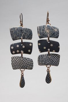 Triple Chain Symmetry Earrings     http://www.louisefischercozzi.com/Pages/TripleChainSymmetryEarrings.htm