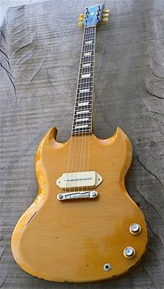 Vintage Guitars are virtually our wonderful. With many of the extremely proficient old-fashioned electric guitar gurus within the commercial. Sg Guitar, Guitar Tips, Cool Guitar, Vintage Electric Guitars, Vintage Guitars, Guitar Images, Music Images, Gibson Sg, Guitar For Beginners