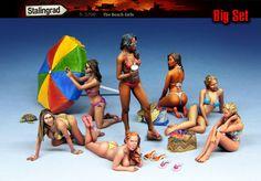 Scale Resin Figure kit 'The Beach Girls' Big set Military Figures, Military Diorama, Sexy Bikini, Model Cars Building, Plastic Model Cars, Model Cars Kits, Military Modelling, Model Train Layouts, Beach Girls