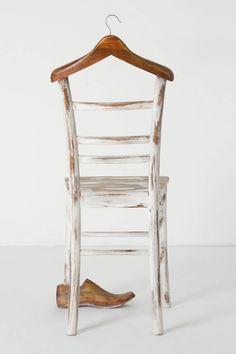 Le valet de nuit au go t du jour bois d tourn chaises - Fabriquer un valet de nuit ...