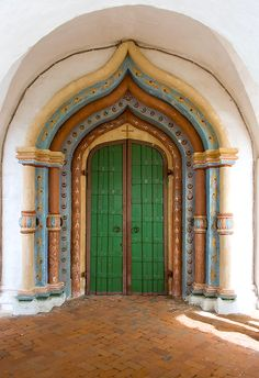 Main door of the Cathedral of the Intercession in the Pokrovsky Monastyr. Suzdal, Russia.