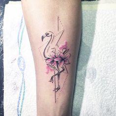 Phoenicoparrusjamesi #tattoo #tattoowork #tattoolife #tattoogirl #tattooer #flamingo #flamingotattoo #ink #art #tattooartist #decent