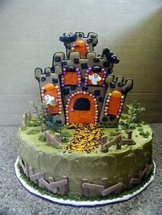halloween  cakes | Halloween Cakes | TheContaminated - Cool Pictures, Weird Pictures ...