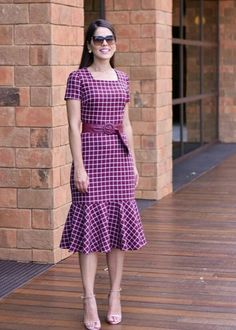 Lovely pink dress with plaid print Simple Dresses, Casual Dresses, Dresses With Sleeves, African Dresses For Women, African Fashion Dresses, Dress Outfits, Fashion Outfits, Short Gowns, Batik Dress