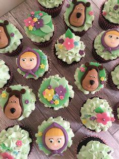 Masha and the bear cupcakes