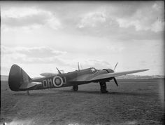 Air Force Aircraft, Ww2 Aircraft, Bristol Blenheim, The Blitz, Royal Air Force, Airplanes, World War, Fighter Jets, Type