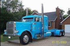 1990 Peterbilt 379. LOVE this blue!
