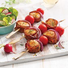 Brochettes de pétoncles bardés de bacon Antipasto, No Carb Diets, Bacon, Seafood, Low Carb, Vegetables, Recipes, Magazines, Sauce Barbecue