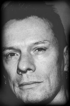 U2 - Larry Mullen Jr