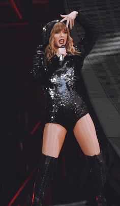 Taylor Swift Outfits, Taylor Swift Concert, Taylor Swift Hot, Live Taylor, American Music Awards, Sofia Vegara, Star Eyes, Taylor Swift Pictures, Her Music