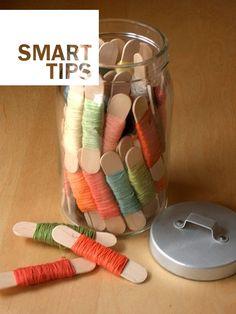 No more knotted wires with this idea   --  Con questa idea non rischierete più di trovare tutti i fili annodati   #wires #idea #jar #tidyup