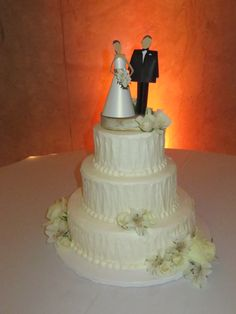 giant eagle wedding cake designs eagle wedding cakes search laughter 14685