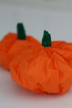 Tissue Paper Pumpkins #pumpkin #halloween #tissue #kids #children #diy #craft #activity #thanksgiving #home #decoration #fall #easy #simple #preschool #prek #kindergarten