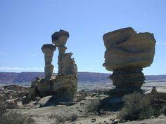 恐竜たちの化石が眠る世界遺産、「月の谷」イスチグアラスト/タランパジャ自然公園群   アルゼンチン