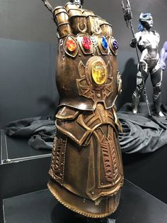 Marvel Comics Avengers Infinity Wars is around the corner. We need to know where the Infinity Stones are at to start off Infinity Wars. Marvel Comics, Marvel Heroes, Anime Comics, Captain Marvel, Marvel Avengers, Marvel Room, Captain America, Anthony Russo, Mind Stone