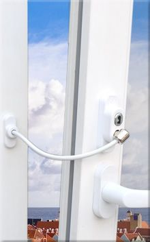 Penkid child safety lock, prevents accidents caused by falling down from windows and doors and provides safety for children