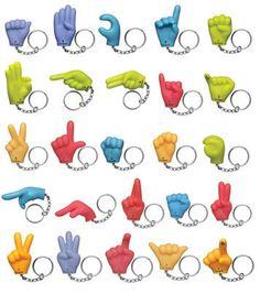sign language keychains Waar is de T ?                                                                                                                                                      Más